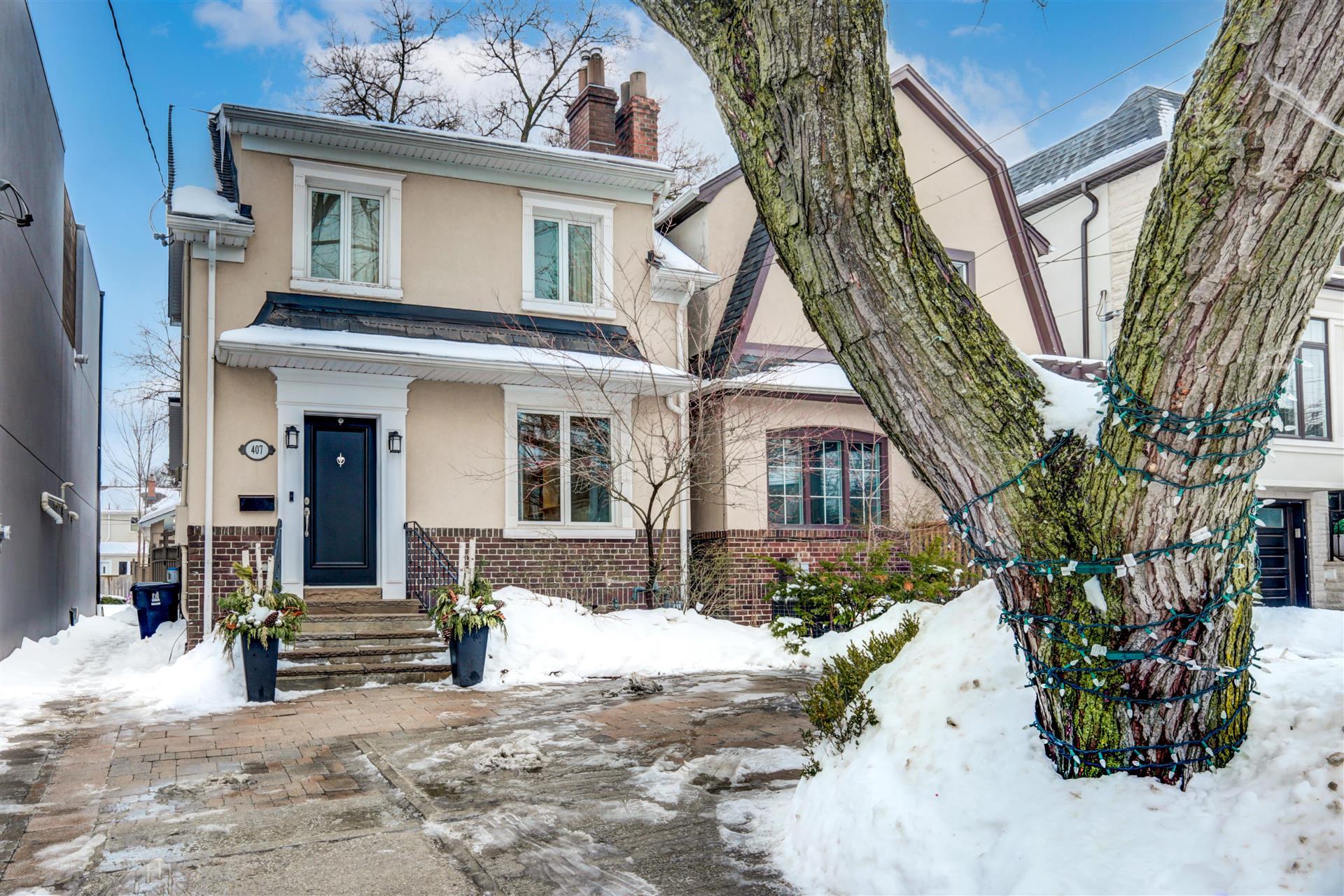 407 Belsize Dr, Toronto, Ontario  M4S 1N3 - Photo 2 - RP6984893241